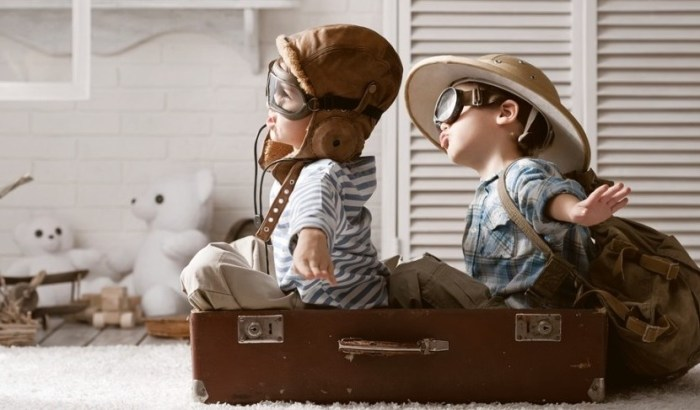 companion-flying-kids-featured-shutterstock-184331537